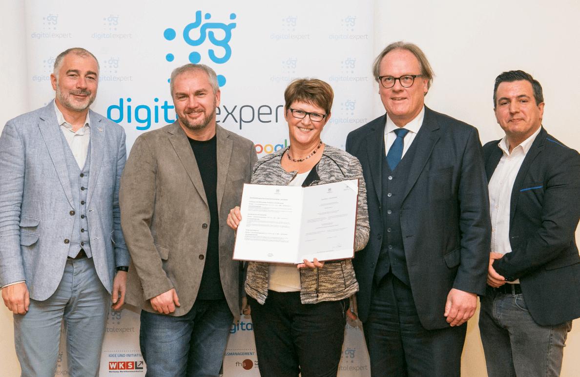 Zertifizierte Suchmaschinen Marketing Expertin, FH Salzburg